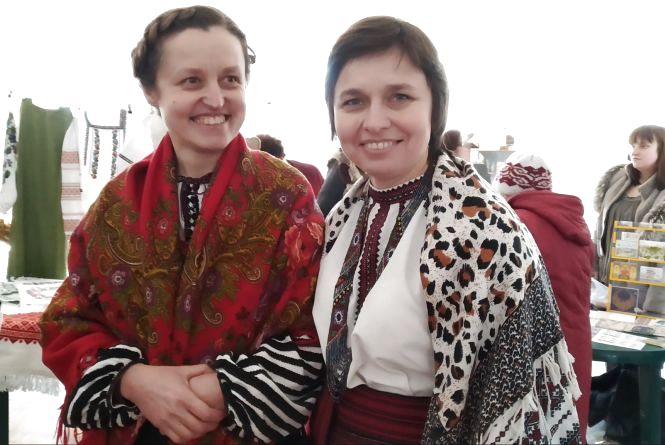 """Теплі спогади на зустрічі великої родини: товариство """"Вертеп"""" у Тернополі відзначає 30-річчя"""