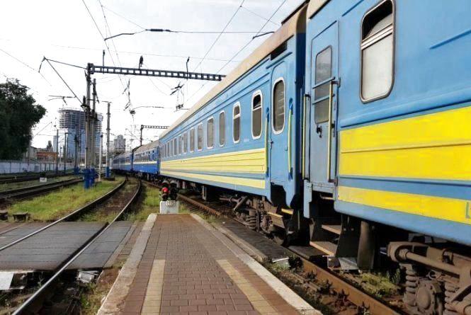На Тернопільщині употязі побили та пограбували пасажира