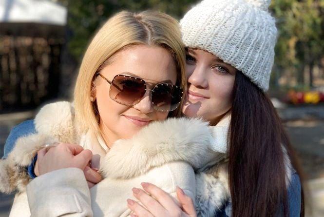 Фото дня: Співачка з Тернополя вперше показала свою дорослу доньку