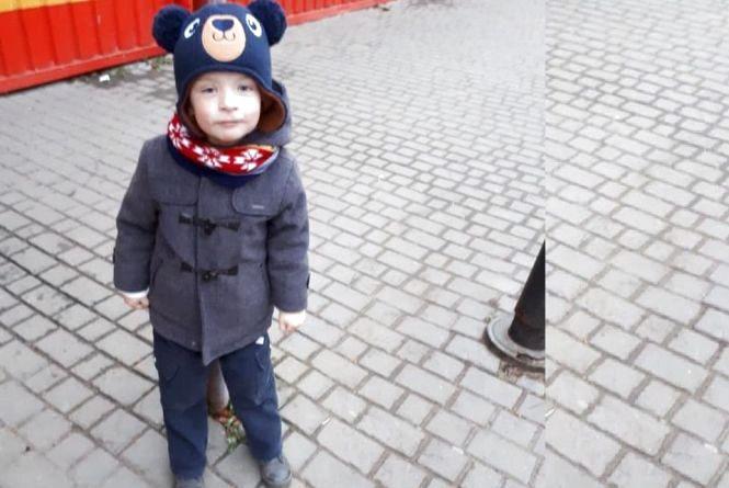 Чотирирічного  хлопчика, який зник у Смиківцях, знайшли у річці. Врятувати дитину не вдалося