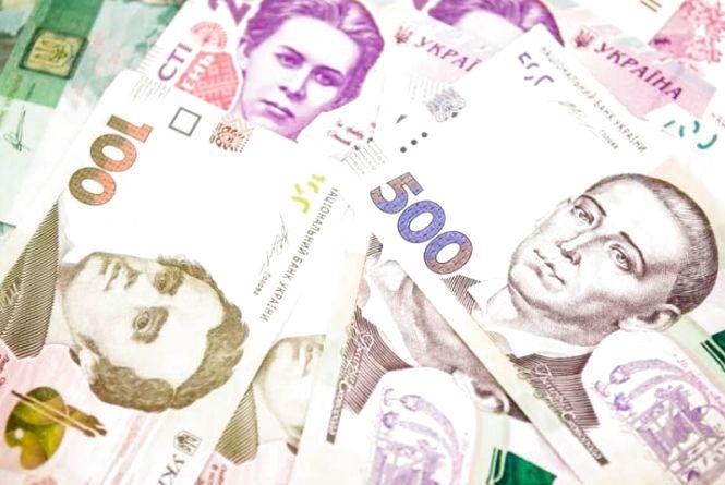 Представившись працівницями газової служби, зловмисниці викрали з квартири тернополянки 15 тисяч гривень