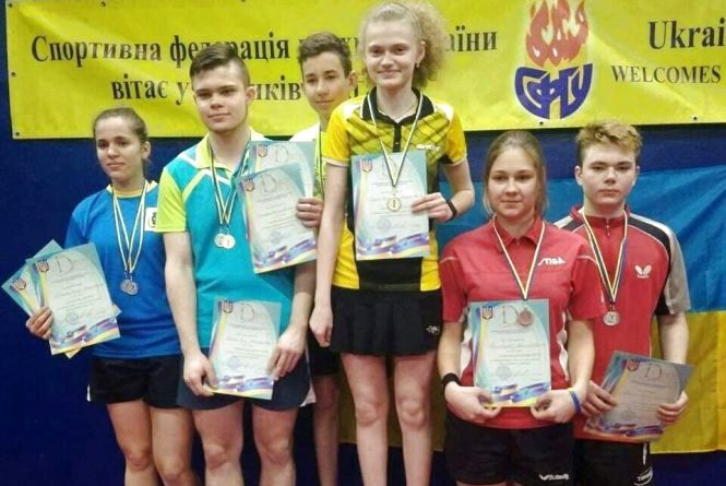 Тернополянка стала тричі чемпіонкою України з настільного тенісу