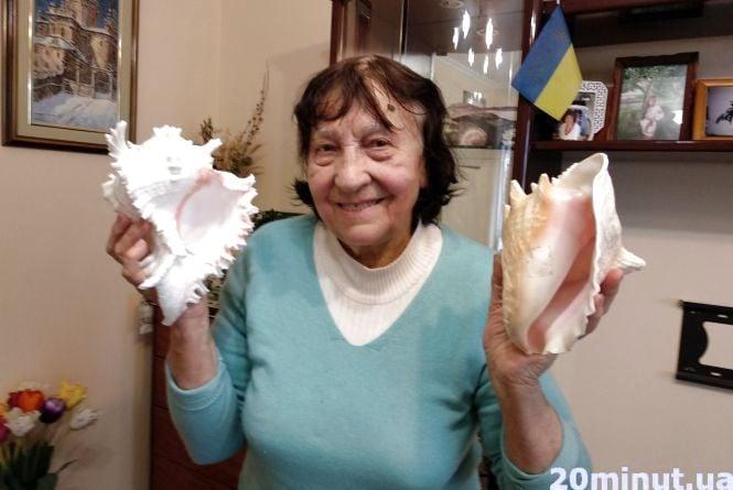 Тернополянка зібрала колекцію з трьох тисяч мушель