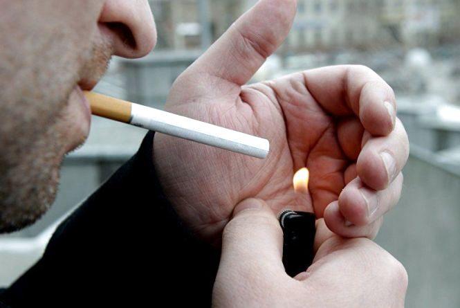 Як боротися з курцями, які заважають вам у громадських місцях (ставте питання)