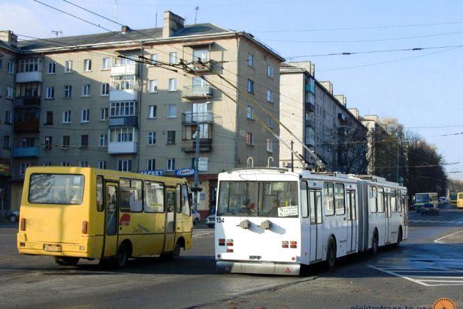 Не проґавте шанс вплинути на формування нової транспортної мережі: деякі маршрути зникнуть, деякі об'єднають