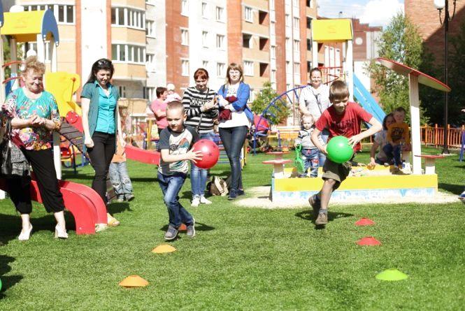 У Тернополі влаштують близько 60-ти дитячих майданчиків. Список адрес