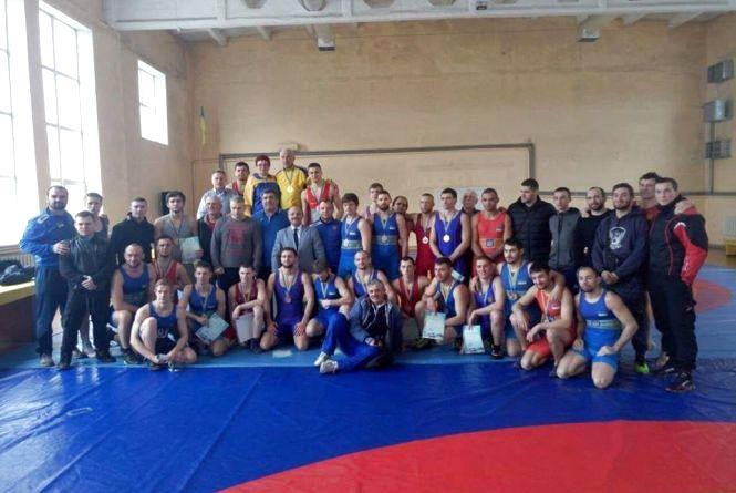 Тернопільські борці стали призерами чемпіонату України