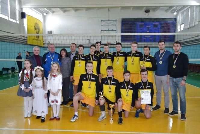 Тернопільські волейболісти стали чемпіонами, не зазнавши жодної поразки у сезоні
