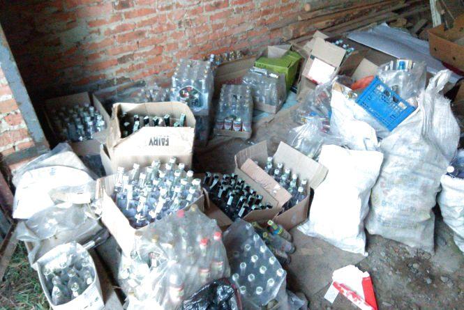 Підпільні цехи на Тернопільщині виготовили алкоголю на суму більше трьох мільйонів гривень