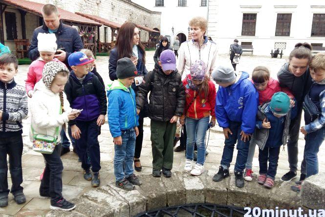 Скільки коштує побачити замки Тернопільщини і влаштувати там фотосесію