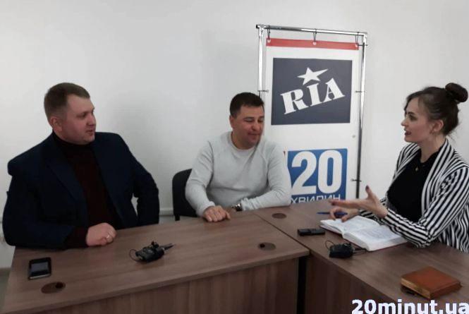 Дебати по-тернопільськи: про що говорили представники Порошенка та Зеленського