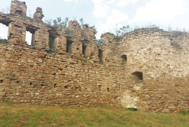 На Тернопільщині триває консервація єдиного в Україні замку, де живуть люди