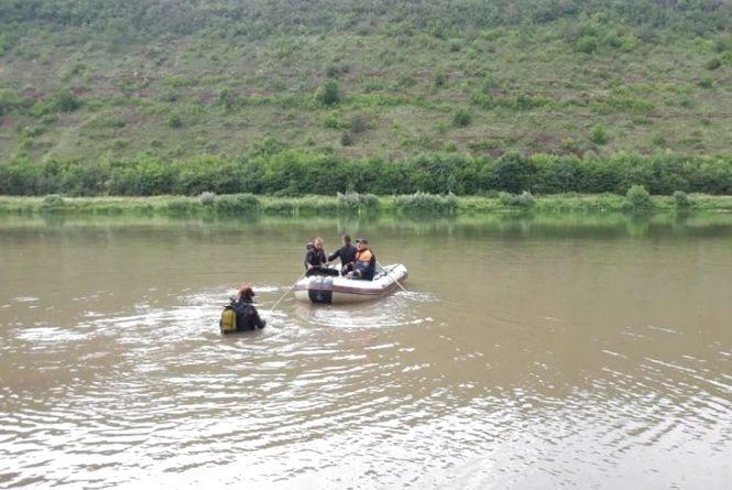На березі річки Дністер знайшли мертвого чоловіка, який пропав безвісти