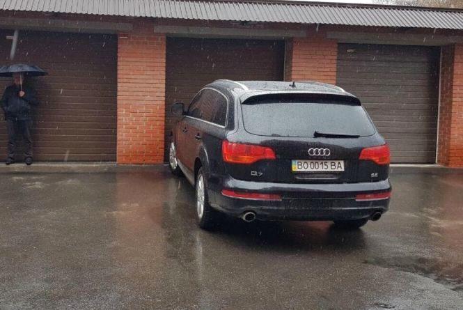 У Тернопільський став потрапили нафтопродукти з Audi Q7