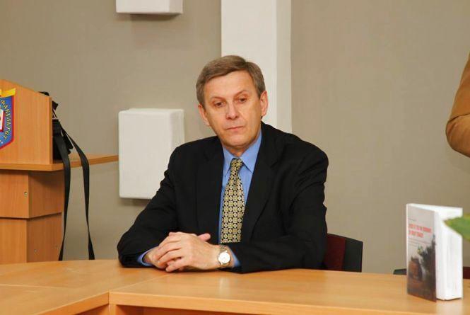 Історик Микола Лазарович розповів про те, що означають майбутні вибори для України