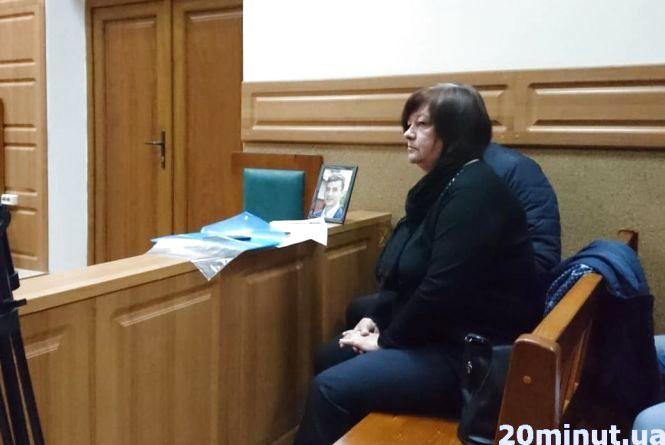 Мама Віталія Гнатишина, якого вбили біля Allure, подякувала свідкові за те, що намагався врятувати її сина