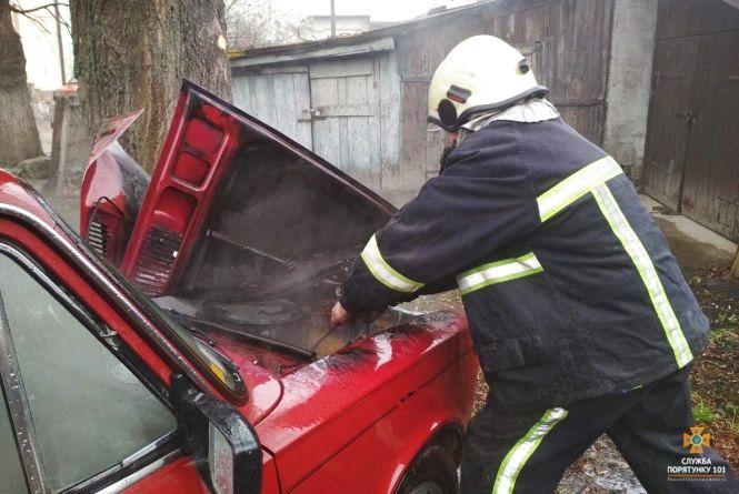 За добу на Тернопільщині горіли два автомобілі