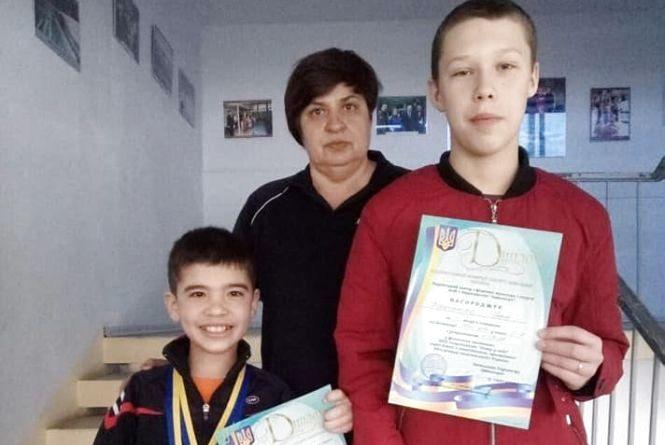 """Тернопільські плавці здобули нагороди у фіналі спартакіади """"Повір у себе"""""""