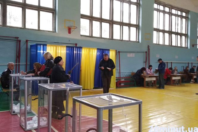 Вибори на Тернопільщині були спокійні, кажуть представники штабів кандидатів у Президенти та спостерігачі