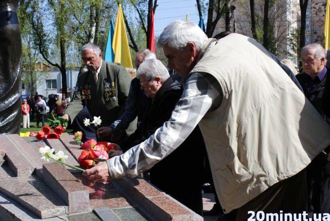"""""""Пройшли роки, а біль залишився"""": ліквідатори аварії на Чорнобильській АЕС поділились спогадами"""