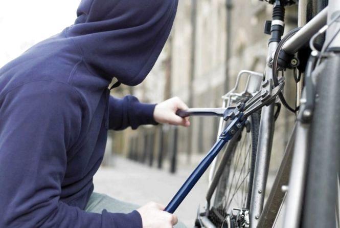 Будьте обачні - у Тернополі за добу вкрали два велосипеди
