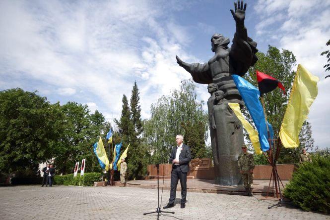 Як у Тернополі відзначатимуть День пам'яті та примирення