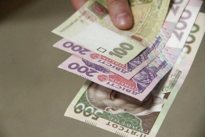 На Кременеччині колишня завідуюча пошти привласнила понад 2 тис грн