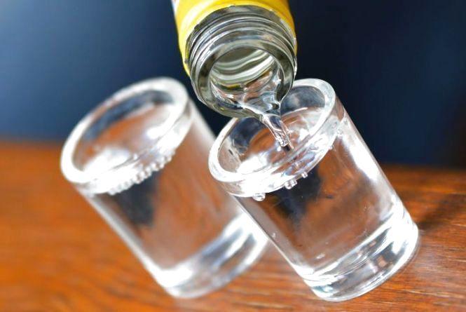 38-річний мешканець Тернопільщини отруївся алкоголем. Чоловіка не врятували