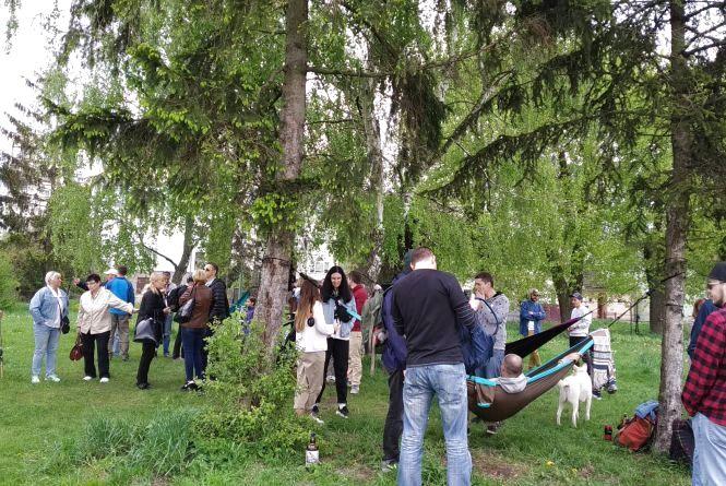 """""""Ми не уявляємо життя без цього місця"""": тернополяни організували пікнік, щоб зберегти парк"""
