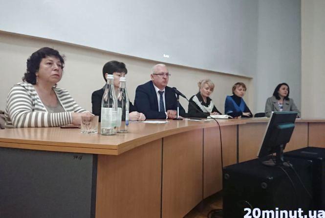 На Тернопільщині можуть заборонити нещепленим від кору дітям відвідувати школи, садки і літні табори