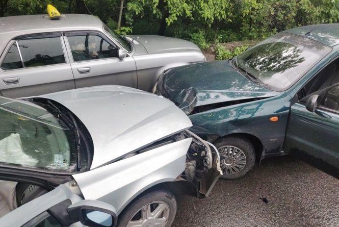 У Тернополі на Галицькій ДТП: зіткнулися два автомобілі