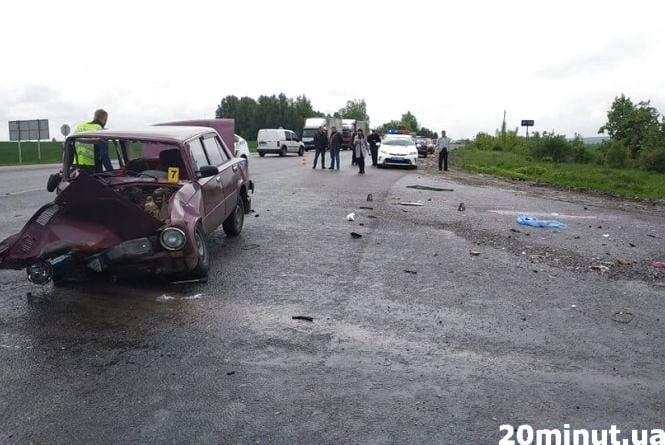 Наслідки аварії у Білій: в одну мить жінка втратила чоловіка та маму