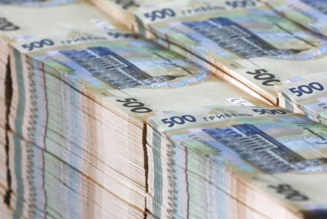 У Тернополі працівниця будівельної фірми уникла криміналу, коли сплатила 1,6 мільйона податків