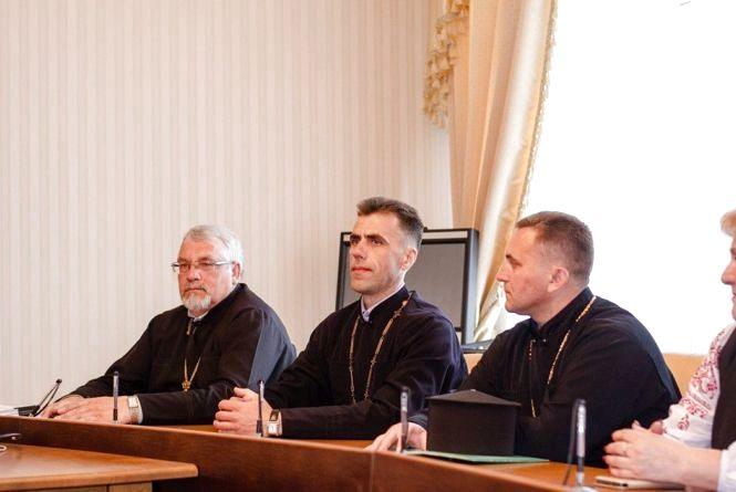 Ще кілька релігійних громад, які перейшли до ПЦУ, отримали нові статути