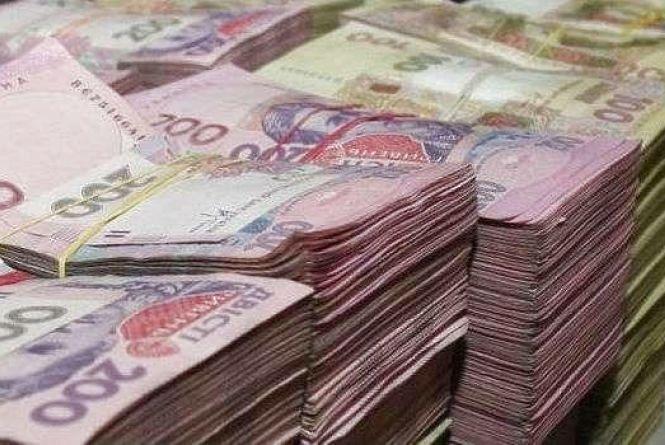 На Тернопільщині чиновники роздали майно і використали кошти не за призначенням