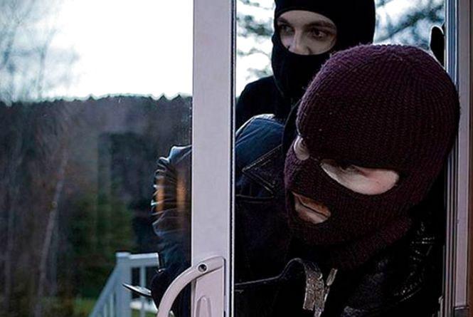 За добу в Тернополі пограбували чотири квартири і одну - в Чорткові