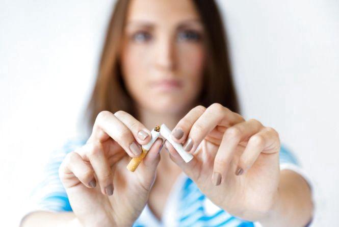 """""""Як у пеклі"""": журналістка на день відмовилась від тютюну"""