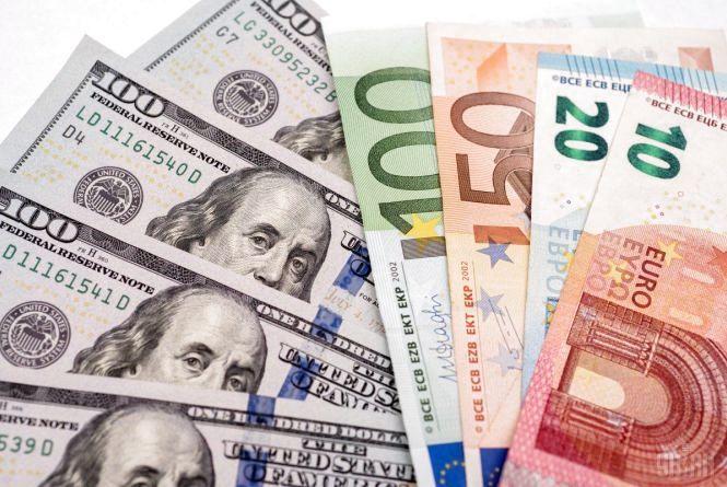 Курс валют на 3 червня: долар впав, євро подорожчав