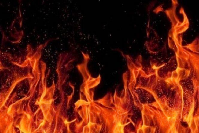 У Зборівському районі чоловік отримав опіки, коли загорівся підвал його будинку