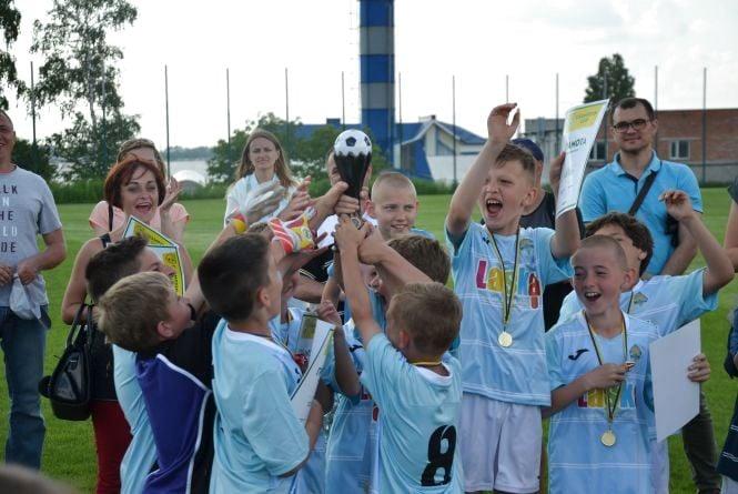 Тернополяни виграли Всеукраїнський турнір з футболу у серії пенальті