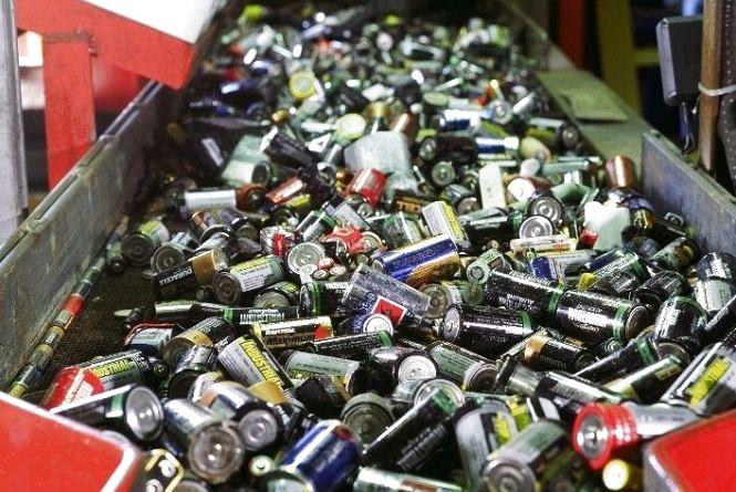 Де в Тернополі можна здати використані батарейки