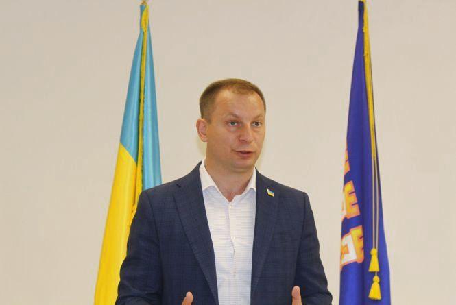 Степана Барну звільнили з посади голови ОДА. Його функції тимчасово виконуватиме заступник Іван Крисак