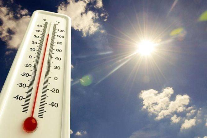 «Духота жахлива, а це тільки початок літа»: як тернополяни рятуються від спеки