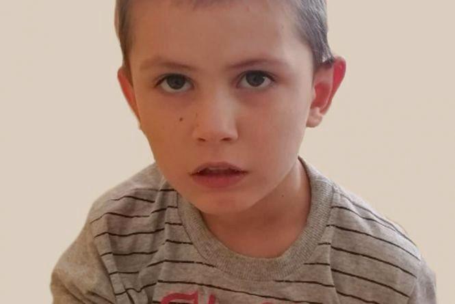 Шукають батьків хлопчика, якого знайшли аж на Одещині