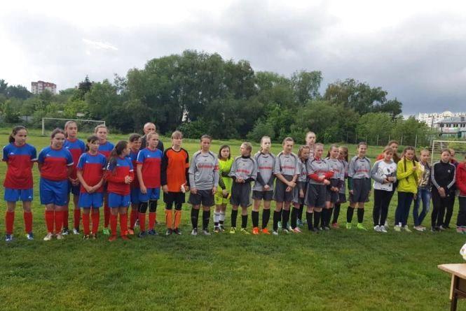 У Тернополі розпочалися футбольні змагання серед дівчат