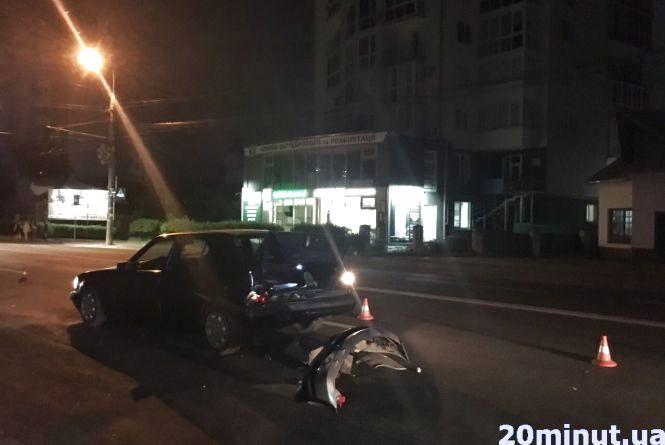 На «Східному» аварія: винуватець ДТП втік з місця події