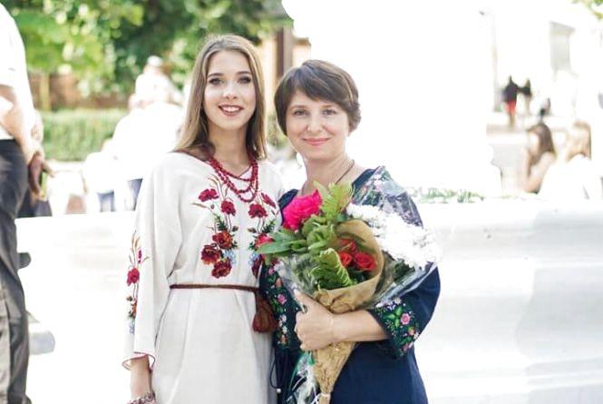 Випускниця з Тернопільщини, яка отримала 200 балів на ЗНО, поділилась секретами успіху