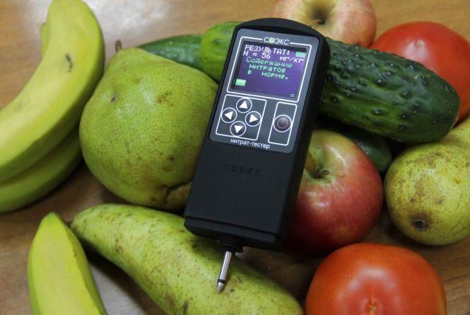 """Чи є нітрати в овочах та фруктах на ринку, перевірили журналісти """"20 хвилин"""""""