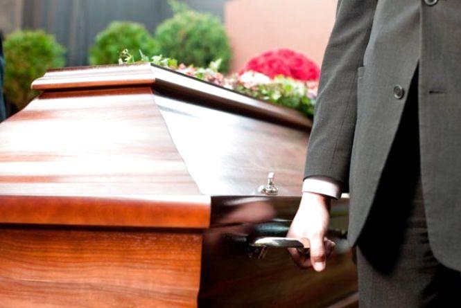 У Тернополі  подорожчали послуги поховання