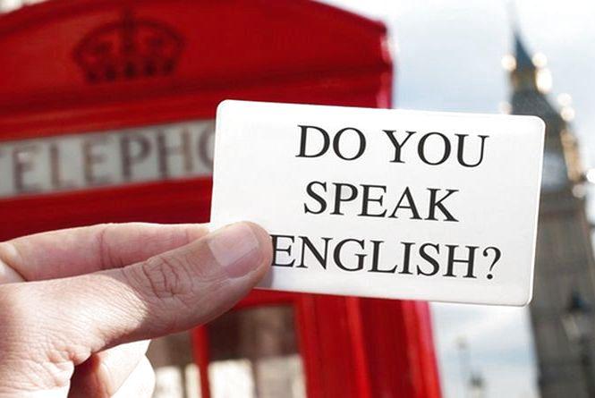 Понад 400 тернополян вивчатимуть англійську, китайську та французьку із волонтерами з різних частин світу